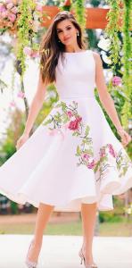 Camila Queiroz e seu vestido de noiva no civil