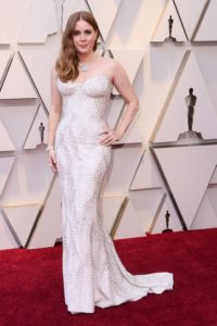 Amy Adams veste Versace