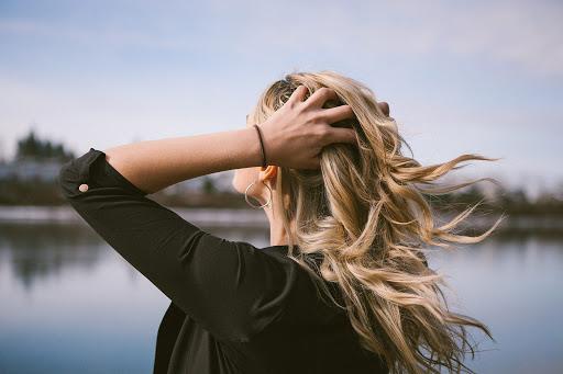 3 dicas naturais para diminuir a oleosidade