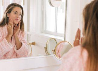 Como fazer drenagem facial em casa