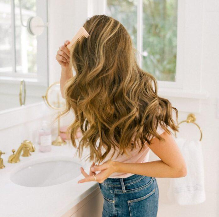 Como higienizar escovas de cabelo