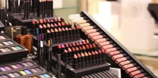 Pandemia pode significar o fim dos testadores de maquiagem em lojas de departamento.