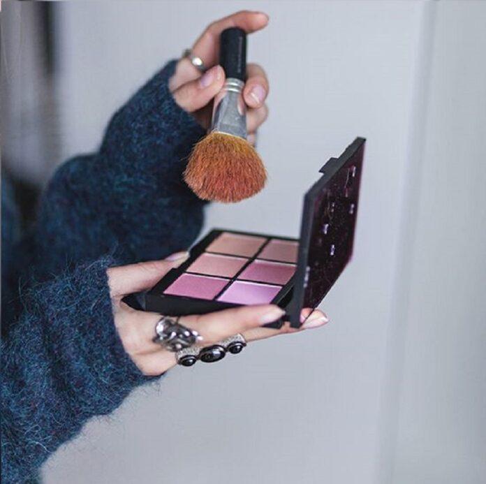 5 passos para uma maquiagem rápida