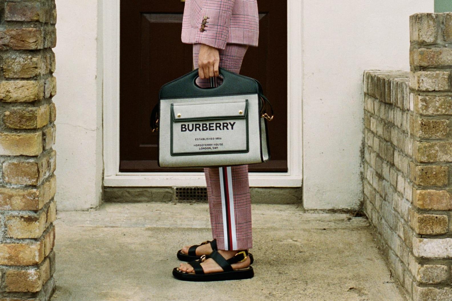 Nova coleção da Burberry é estrelada por funcionários