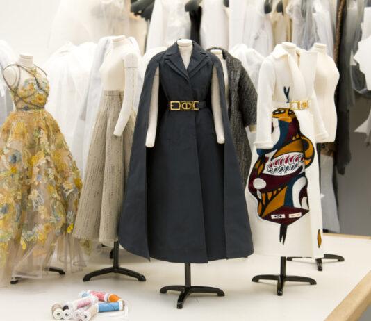 Dior apresenta coleção de Alta-Costura
