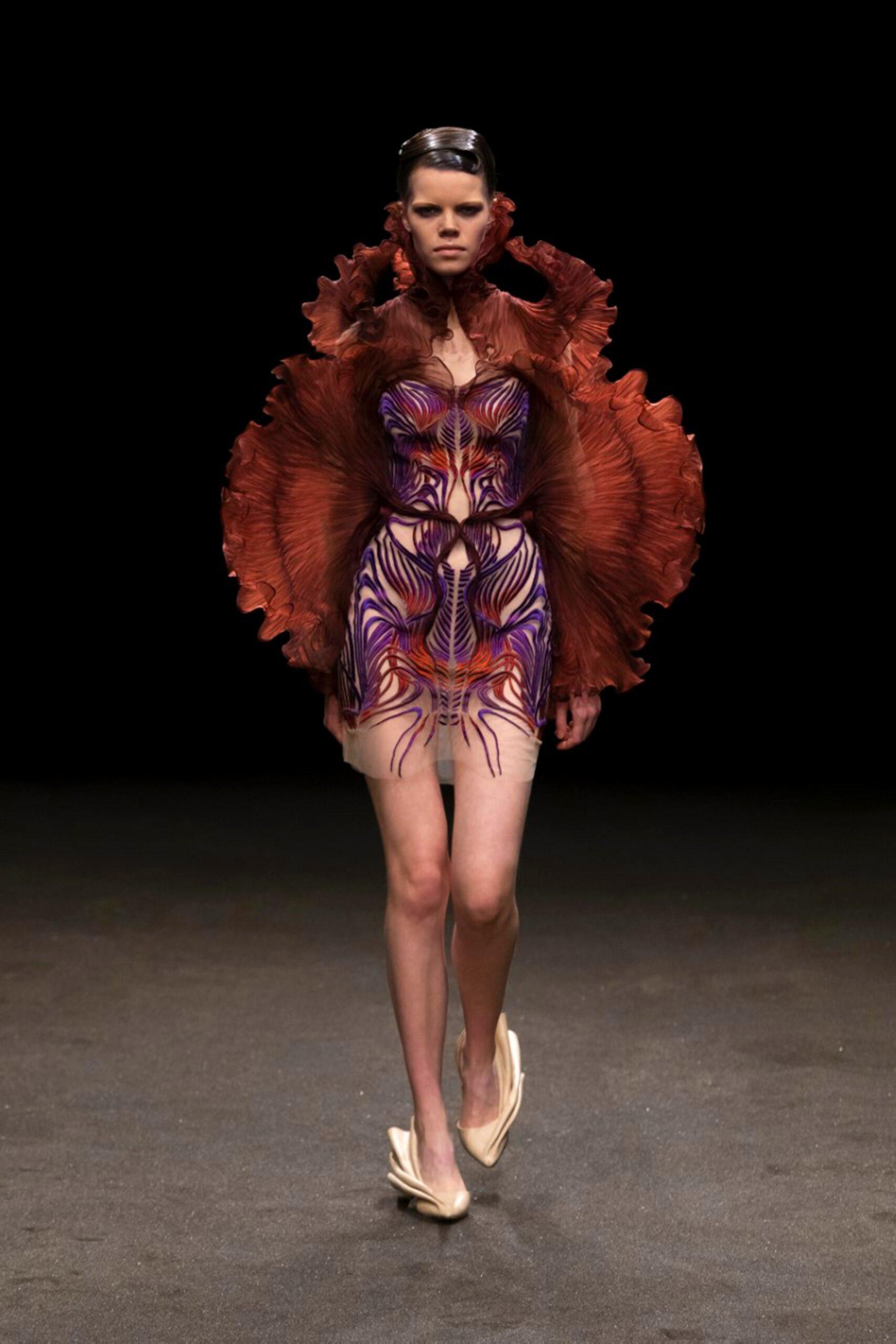 00005 Iris van Herpen Couture Spring 21 credit Gio Staiano