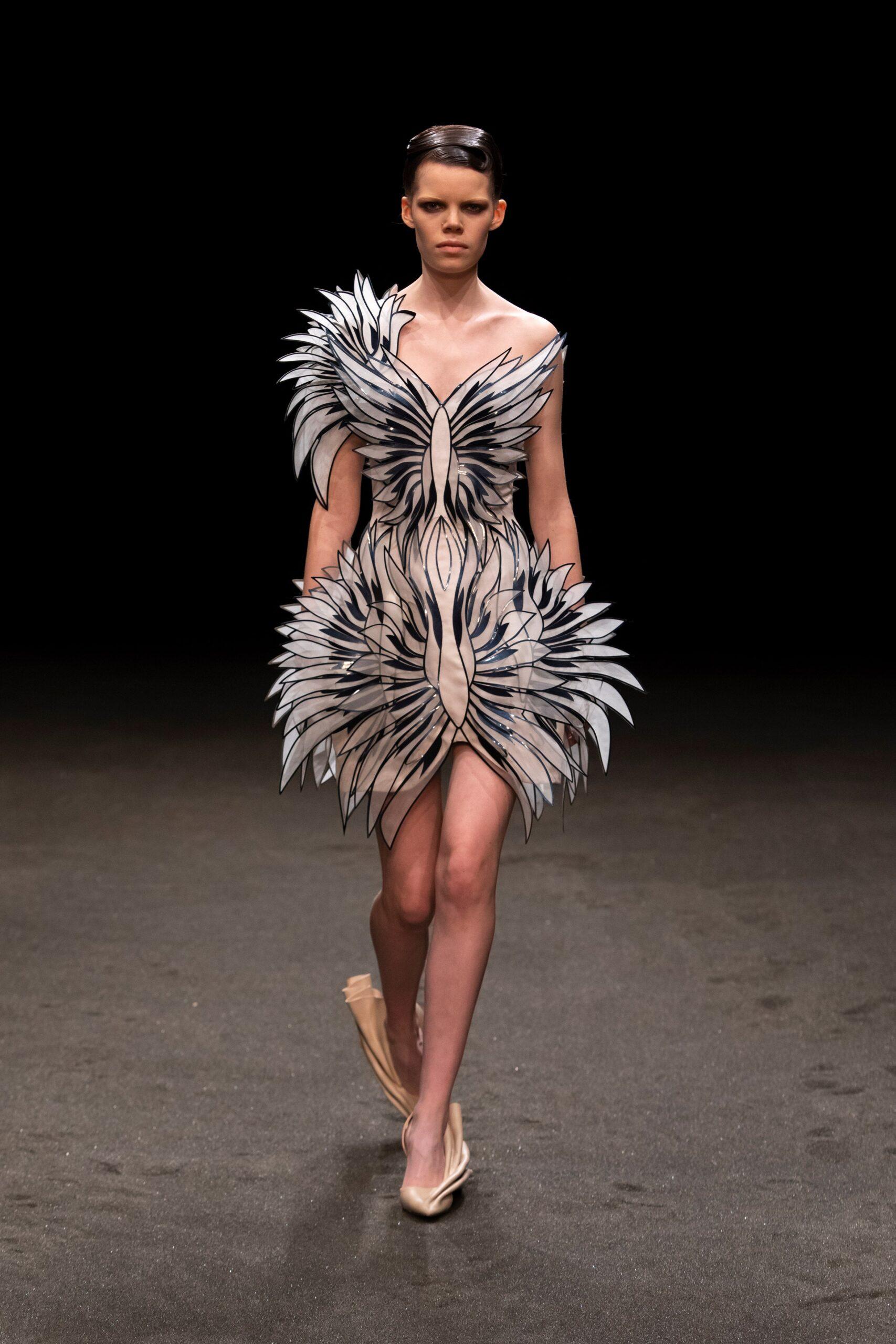 00008 Iris van Herpen Couture Spring 21 credit Gio Staiano