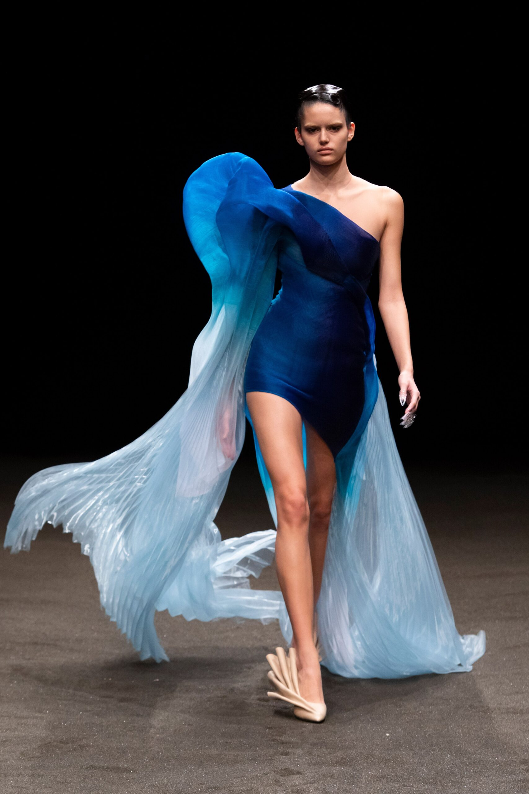 00009 Iris van Herpen Couture Spring 21 credit Gio Staiano