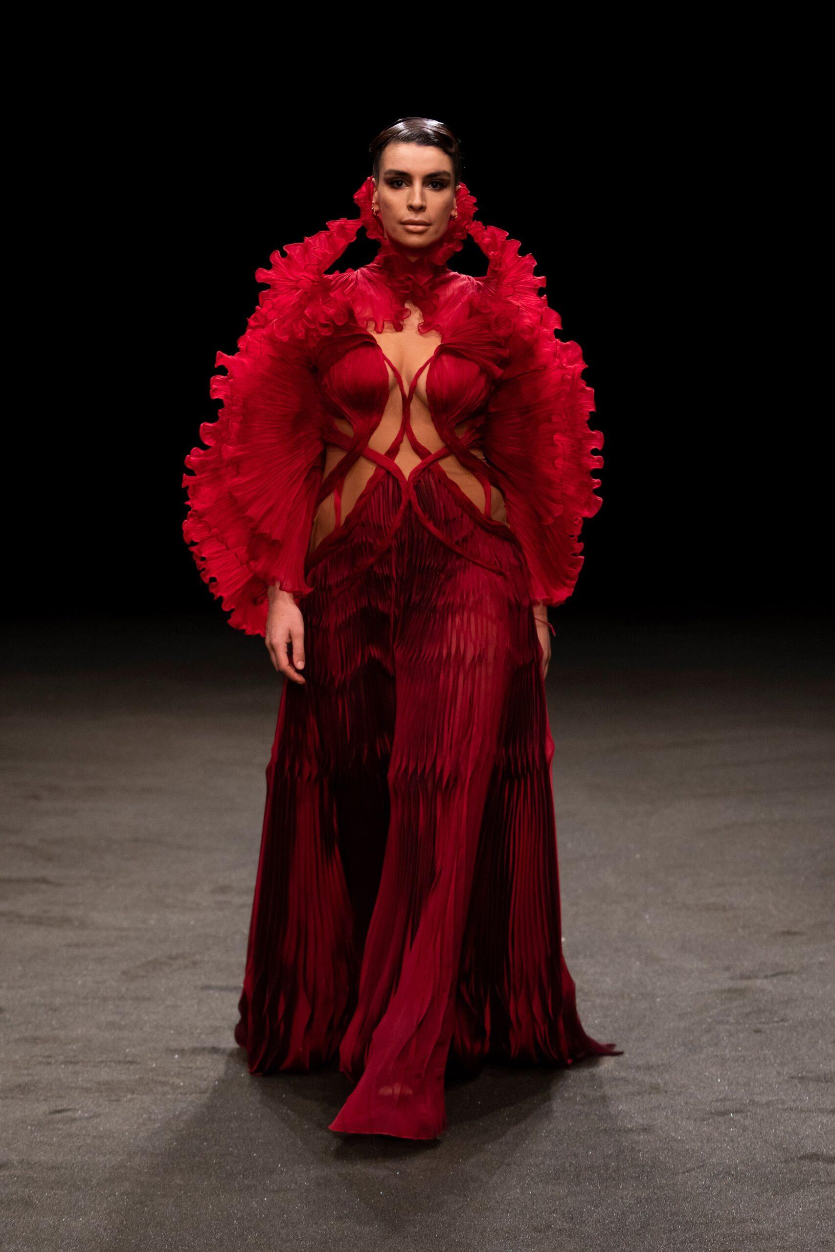 00013 Iris van Herpen Couture Spring 21 credit Gio Staiano