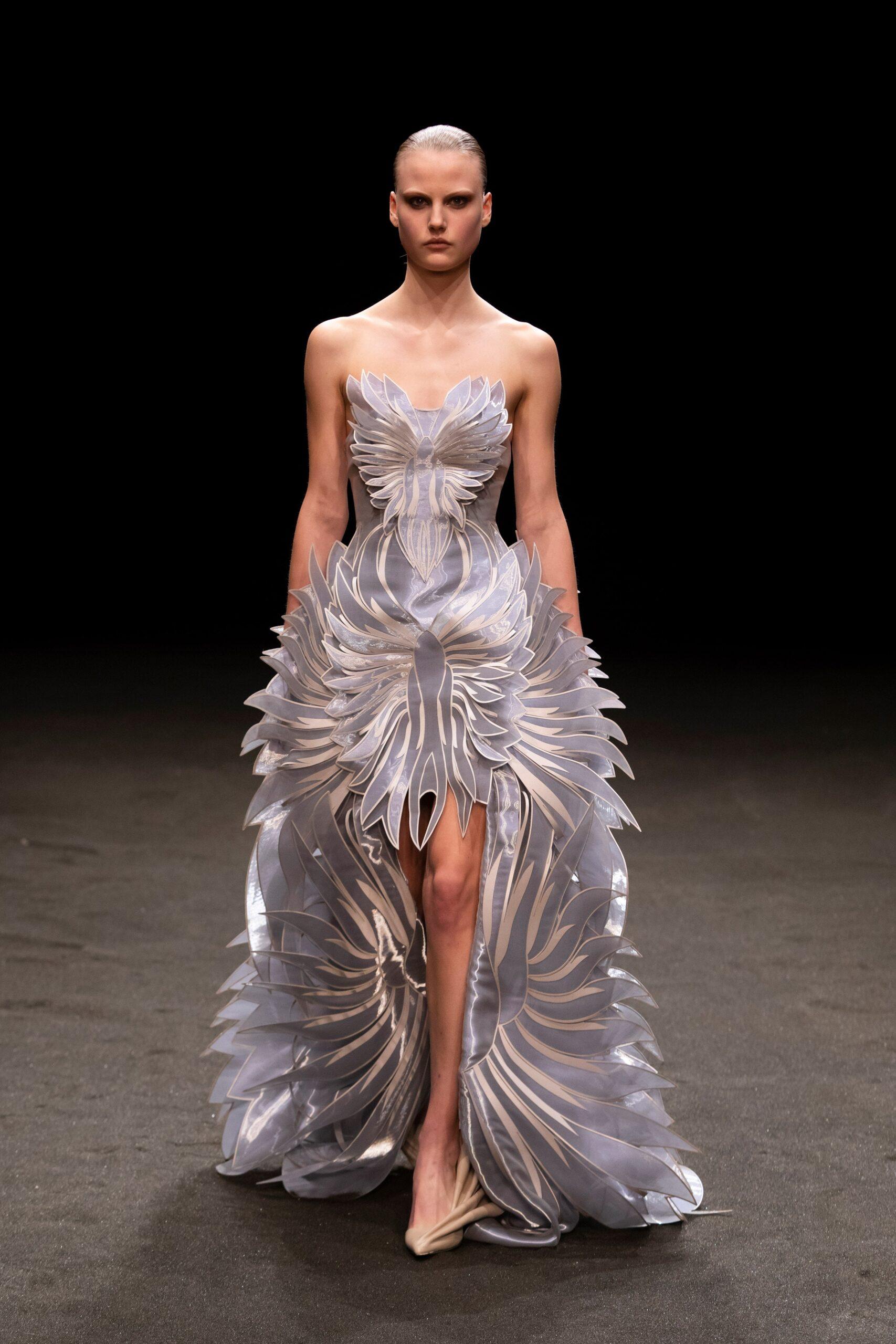 00019 Iris van Herpen Couture Spring 21 credit Gio Staiano