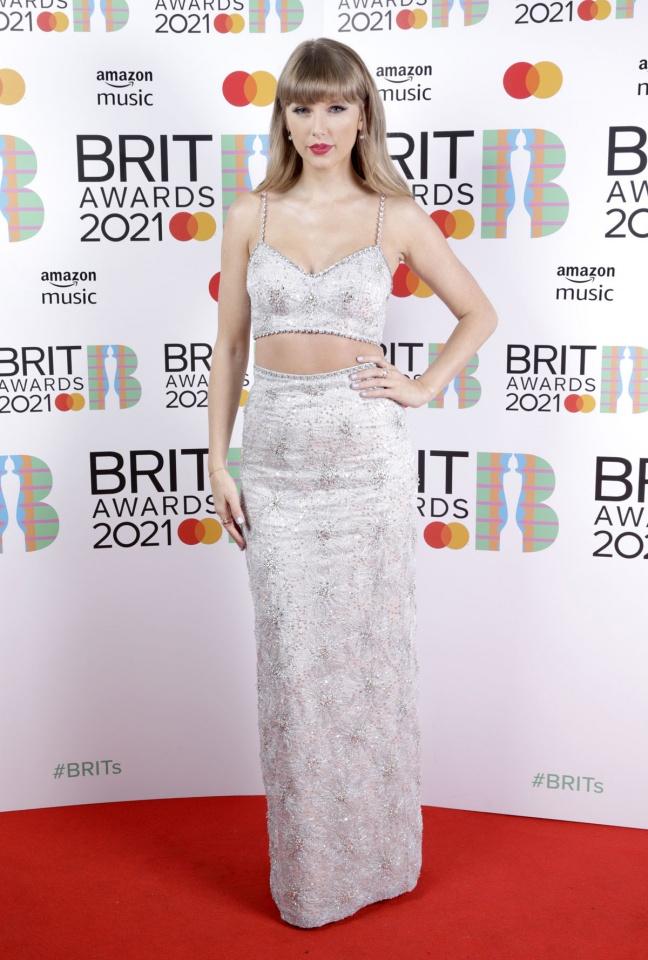 Taylor Swift 648x960 1