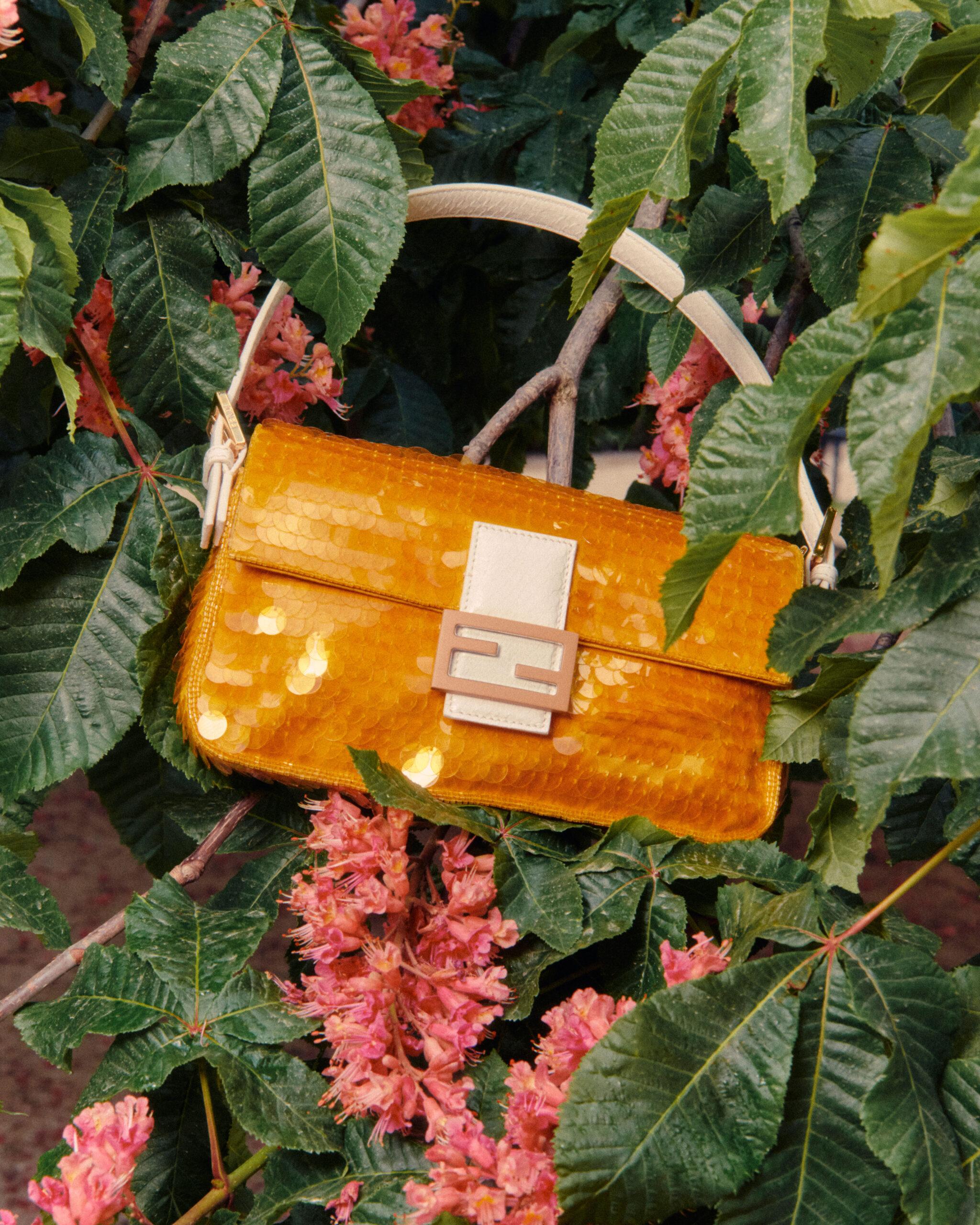 11 FENDI Baguette 1997 The Baguette Walk