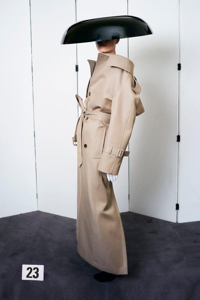 00023 balenciaga couture fall 21 credit brand 654x981 1