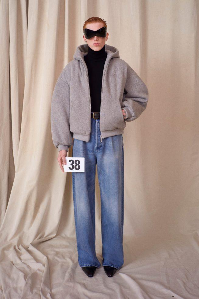 00038 balenciaga couture fall 21 credit brand 654x981 1