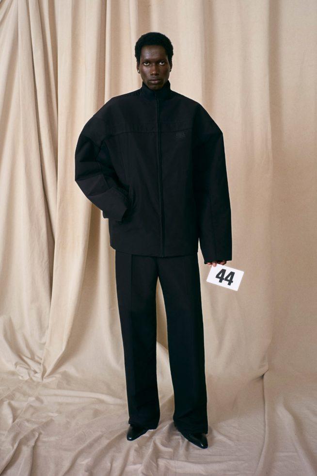 00044 balenciaga couture fall 21 credit brand 654x981 1