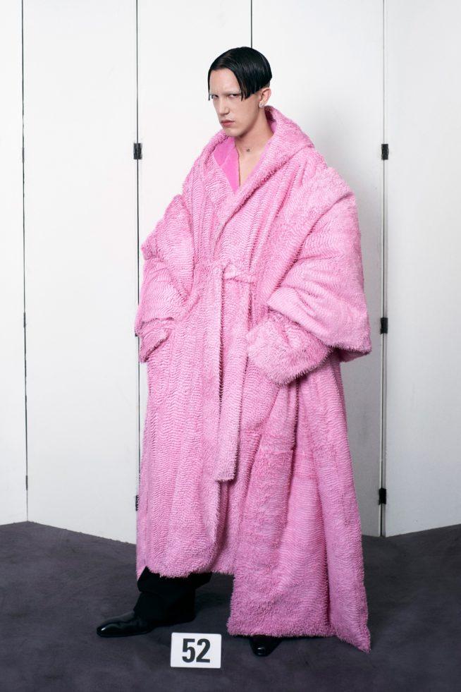 00052 balenciaga couture fall 21 credit brand 654x981 1