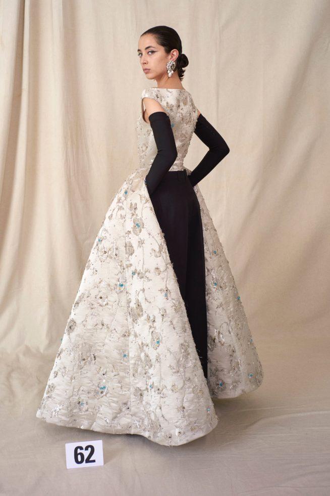 00062 balenciaga couture fall 21 credit brand 1 654x981 1